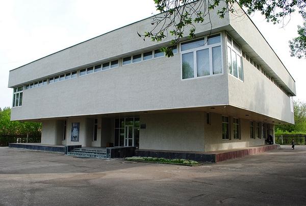 Музей стекла и хрусталя в г. Никольске